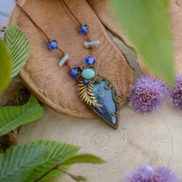 collier azurite et verre filé