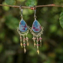 boucles d'oreilles en ruby kyanite